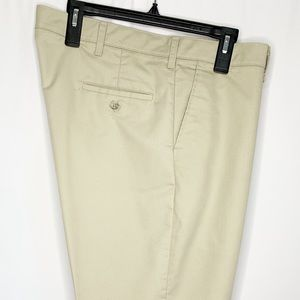 Lee Classic Fit Khakis42x30